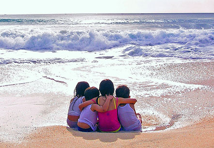 friends-at-the-beach.jpg