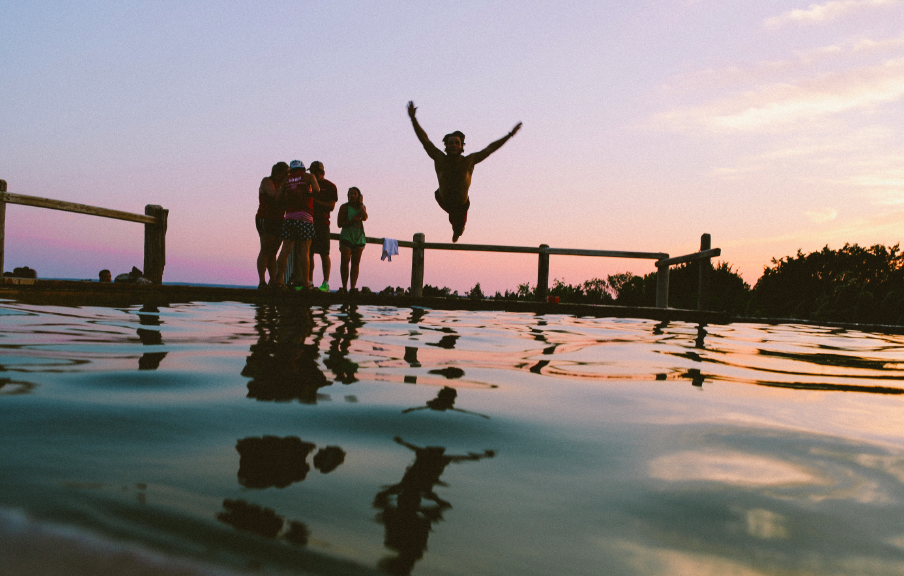 3 Ways To Jump Outside Of Your Comfort Zone to Find Happiness