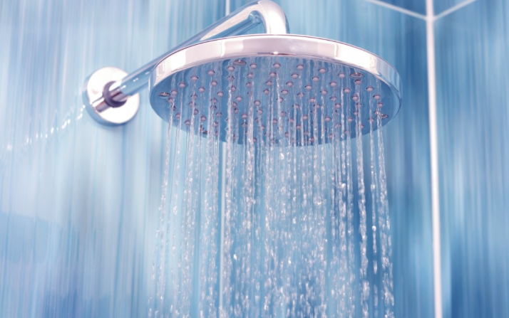 6 Ways Cold Shower Therapy Can Improve Your Life
